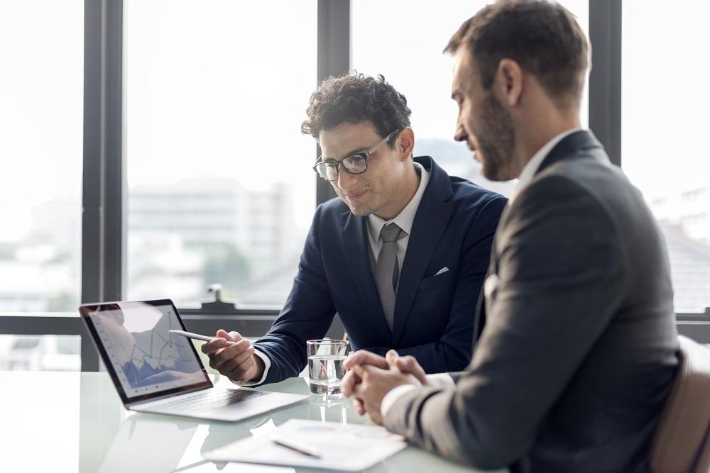 Curso de administración ayudará con reuniones de negocios